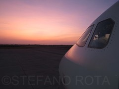 Sun down Manta (stefanorota88) Tags: tampa inflight quito ecuador bogota airplanes flight wing cockpit galapagos ups lan falcon airbus a380 atlas boeing piper klm contrails medellin tame 747 a330 cessna sandro jumbo a340 stefano cargolux a320 b747 md11 gulfstream rota a319 a321 b737 b767 b787 b757 b727 b777 spotter emb190 avianca a318 748 selt avgeek aerogal aviationphotography segu avporn crewlife seqm pilotslife ecuadoraviationphotography aeromundomagazine