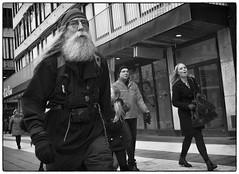 Man and beard (stejo) Tags: beard stockholm voigtlander fjällräven marching streetphoto skägg hamngatan ilobsterit voigtlander254snapshot