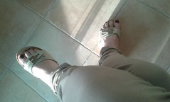 Sole & Zoccoli 2 (| Alessia Rossini | IT) Tags: hot sexy feet fetish foot toe cd nail polish clogs barefeet trav mules crossdresser piedi calze piedini senza smalto massaia zoccoli