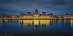 Parlement Budapest (EtienneR68) Tags: city longexposure building water architecture landscape nikon eau hungary cityscape parliament d750 parlement ville hongrie