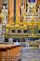 Interieur de l'glise Grande Trinit (Gesu Nuovo) (La Pom ) Tags: city italy church grande italia couleurs religion napoli naples eglise italie ville trinit gesu nuovo chritianisme
