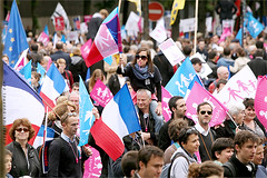 Manifestation contre le Mariage pour Tous, 2014. IMG130526_009_©_S.D-S.I.P_FR_JPG Compression 700x467 (Sébastien Duhamel) Tags: wedding copyright news paris france french europa europe european photographer wordpress newmedia eu agency canon5d press information fr politique francia ump fn prensa fra manifestation fotografo photojournalist informacion photographe presse fotoperiodista flickrsbest frenchphotographer fotoreportero photojournaliste golddragon ultimateshot flickrdiamond flickriver thebestofday rubyphotographer flickrlovers photographefrançais mariagegay médiapart flickroom flickrhivemindgroup reporterphoto fotografofrancés mariagepourtous manifpourtous manifestationantimariagegay antimariage bygmalion journalistephoto lesrépublicains
