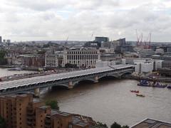 DSC07149 (Ben Sutherland) Tags: creativecommons creativecommons20 london londonskyline tatemodern viewfromthetatemodern londonfromthetate londonviews