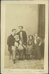 """Jean Laurent, """"Retrato del infante Enrique y sus hijos"""" (carte de visite, ca. 1860) (Museo del Romanticismo) Tags: de xix visite carte fotografa siglo romanticismo jeanlaurent"""