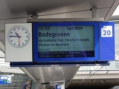 Utrecht Centraal, sprinter naar Bodegraven (Ahrend01) Tags: bodegraven cta treinaanwijzer utrecht centraal ns