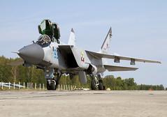 MIG-31 93 RF-92379 CLOFTING IMG_1145+ (Chris Lofting) Tags: mig31 rf92379 93 savasleyka russianairforce foxhound