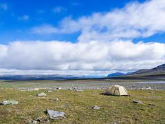 Eben (~janne) Tags: europa himmel kamera umwelt camp camping clouds em1 environment europe lappland omd schweden sky tent wolken zelt nordland norwegen se