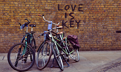 Love Is Key (shaunmck1) Tags: message pentax bricklane