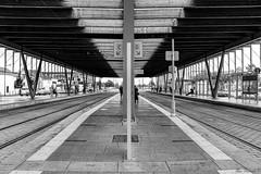 2016_10_23-H17_41_15-N4153-M1 (HelpyLP) Tags: quai hall train rail station nantes france tramway