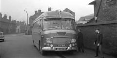 1960 - 001.  Home Counties Railway Club Coach. (Ron Fisher) Tags: uk greatbritain england coach unitedkingdom gb hcrc duple homecountiesrailwayclub yyp819