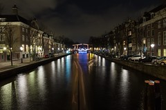 Nieuwe Herengracht (McQuaide Photography) Tags: longexposure nightphotography holland reflection water netherlands amsterdam night canon eos lights licht canal europe nacht tripod nederland wideangle le dslr gracht lightroom uwa wideanglelens ultrawideangle 100d 1018mm mcquaidephotography