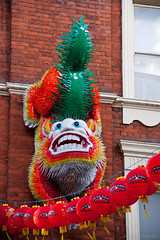 Chinese Dragon (Sergio Gomez.) Tags: new city uk inglaterra england london photography photo europa europe chinatown foto dragon unitedkingdom year ciudad chinesenewyear londres ao nuevo dragn reinounido barriochino fotografa aonuevochino