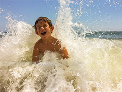 Splash. (arturii!) Tags: trip travel boy summer beach apple wet water beauty smile wow mar kid amazing nice interesting perfect holidays europe tour child superb awesome great shoreline wave sunny playa catalonia route smartphone foam enjoy heat verano stunning viatge catalunya moment splash maresme vacations impressive mediterraneansea noi gettyimages platja calor estiu timing arturii arturdebattk iphone5s canonoes6d