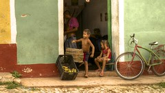 Trinidad - Cuba (IV2K) Tags: street bike bicycle children sony cuba banana bananas trinidad cuban hdr kuba rx1
