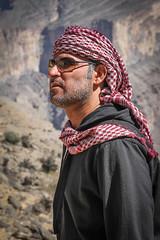 The Mussar (**El-Len**) Tags: portrait man vertical format turban oman omani sultanate fav25 massar arabianpeninsula mussar
