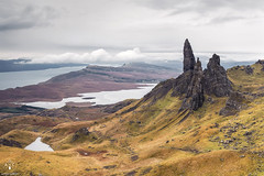 Old man of Storr (Antonio Carrillo (Ancalop)) Tags: mountains skye scotland soft isleofskye escocia 09 lee montaas density ecosse neutral oldmanofstorr gradual storr neutra gnd 24105mm densidad canon24105mmf4l lochfada antoniocarrillo highlads canon5dmarkii ancalop lucroit leesoft09gnd wwwantoniocarrillocom