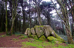 Stones (paulo_1970) Tags: canon sintra 7d 1022mm peninha f3545 canon1022mmf3545 canon7d paulo1970