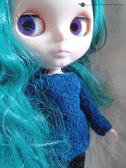 Necked sweater for Blythe