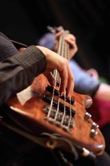 l'innocenza ricercata teatro micheletti di Cossato (Roberto Pezzino) Tags: del teatro via campo compagnia chitarra deandr chitarrista viadelcampo micheletti cossato progettodanzagattinara linnocenzaricercata