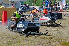 drag004 (minitmoog) Tags: dragrace grass dragracing sleds snowmobiles skoter veteran vintage lycksele
