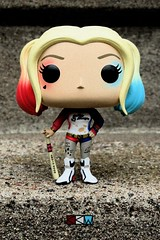 Harley Quinn from Suicide Squad, Funko Pop! Movies 97 (Craig Walkowicz) Tags: toy harleyquinn suicidesquad doll figurine statue sculpture pop ccw
