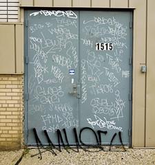 (gordon gekkoh) Tags: detroit graffiti twist skrew oar neskt wyse gloe purge