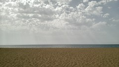 Window to the world (Tommaso Bellan) Tags: spiaggia mare duna dune sabbia cielo sea sardegna italia nuvola nuvole sky seascape seaview costaverde sand vacanze italy holiday wind vento caldo sole hot