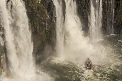 28072016-_GOC0492 (Gustavo Occelli) Tags: agua aventura brasil cascadas cataratas embarcacin fozdoiguaz gomn landscape naturaleza nautica paisaje rompiente transporte