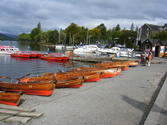 Bowness on Windermere, English Lake District (rossendale2016) Tags: district lake water clear bank popular visitors foreign destination resort tourist swimming ducks swans yachts tourism tourists holidsymaker holiday rent for boats rowing rental bowness windermere english england