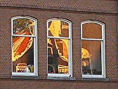 Amsterdam (streamer020nl) Tags: amsterdam 2016 041016 4oct2016 holland nederland netherlands paysbas niederlande prinsengracht mirror reflection reflectie ramen windows