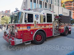 "FDNY ""Tiger"" Engine 6 Fire Truck, Lower Manhattan, New York City (jag9889) Tags: jag9889 usa engine6 manhattan engine truck newyork outdoor 2016 e006e seagrave 20160925 car tiger firetruck lowermanhattan fdny newyorkcity animal apparatus auto automobile bravest carnivorous cat firedepartment firedepartmentofthecityofnewyork firefighter firstresponder ny nyc newyorkcityfiredepartment newyorksbravest panthera pumpertruck transportation unitedstates unitedstatesofamerica vehicle us"