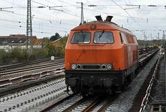 225 099 bei Bauarbeiten im Bahnhof Rheine 24.10.2014 (hansvogel51) Tags: train germany private deutschland eisenbahn trains rheine bbl eisenbahnen br225 dieselloks