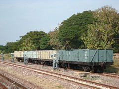 Portrait of a station - Lamphun - Wagons and Wires (railasia) Tags: thailand device infra srt 2014 lamphun goodswagon metergauge mechanicaloperatingsystem