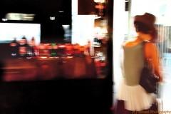 COSAS - 13 (Ismael I) Tags: color bar mujer glamour women femme sombrero chic cafeteria efectosfotograficos