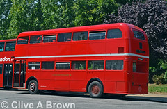 DSC_2382w (Sou'wester) Tags: bus london buses vintage experimental rally icon historic routemaster preserved publictransport veteran lrt lt preservation finsburypark psv parkroyal londontransport tfl aec prv roadrun frm1 routemaster60 kjy4d