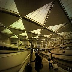 Transito (edu_izu) Tags: bwzaragozaarquitecturatren