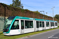 Tram. (Tomeso) Tags: barcelona spain trolley tram streetcar alstom tramway catalua strassenbahn electrico tranvia citadis tranvai