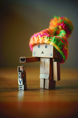 Day 51/365 (popp1973) Tags: blackandwhite love toy toys 50mm bokeh sony 50mmf14 loveheart yotsuba nex danbo canonfd50mmf14 revoltech wollyhat danboard nex7 sonynex7 loveyoursonylikeyouloveyourmamma canonmanualfocuslenses