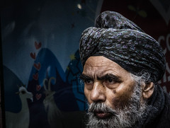 Portrait L (pootlepod) Tags: street portrait man male beard asian photography indian elderly turban sikh stphotographia