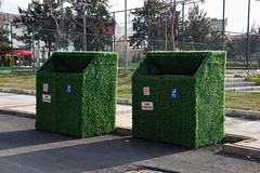 aliaga-Aliağa Belediyesi'nden çim kaplı çöp konteyneri (2) (aliagabelediyesi) Tags: çim çöp aliağa kapli konteynerleri belediyesi'nden