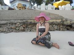 DSCN0032 (daku_tiyan) Tags: beach bohol don cave marielle tagbilaran alona hinagdanan dakutiyan saludaga