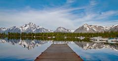 Colter Bay (Plain Adventure) Tags: lake mountains boats grandtetonnationalpark