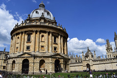 Radcliffe Camera - Oxford (Mark Wordy) Tags: city uk england university oxford radcliffecamera allsoulscollege oxfordshire radcliffesquare jamesgibbs