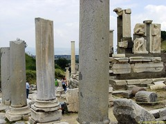 Ephesus_15_05_2008_26 (Juergen__S) Tags: ephesus turkey history alexanderthegreat paulua celcius library romans outdoor antiquity
