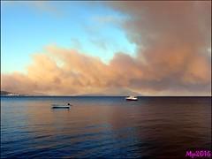 Samos burns! (Insempi) Tags: samos burn fire incendio island greece grecia sea mare paesaggio landscape fumo smoke blu blue