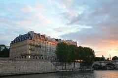 paris_2016_2598 (rollertilly) Tags: paris seine bateaux mouches frankreich france bootsfahrt brcken ponts pontneuf eiffelturm abendsonne