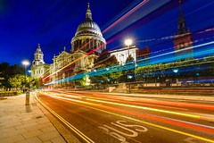 Long exposure ( St Paul's Cathedral ) (primulmeusarut) Tags: london night long exposure st pauls cathedral lights trail movement canoneos6d motion