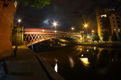 IMG_8485 (Yorkshire Pics) Tags: 1908 19082016 august leeds leedscitycentre leedsatnight nightphotography photographyatnight photographybynight photographingthenight afterdark reflections reflectionsinwater waterreflections reflectionsacrosswater reflectionsoverwater bridge footbridge