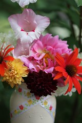 Bokeh and Bouquet (CCphotoworks) Tags: ccphotoworks plants jar homemadevase vase flowersinavase flowers pretty bouquets bokeh