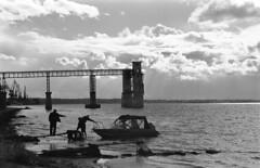 (MZ163) Tags: samara leicar8 varioelmar35704 film fujiacros bw monochrome volga river russia